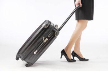 女性 足が太い 歩き方