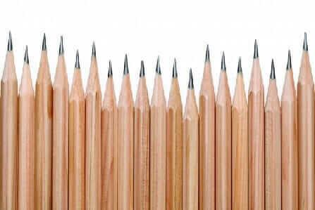 鉛筆 B H F 意味 特徴