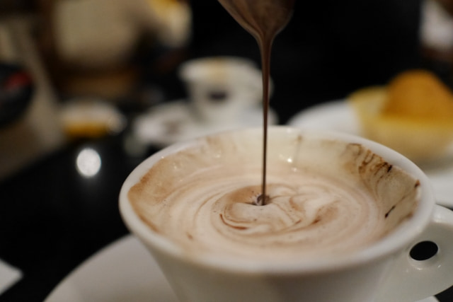 チョコレート 白くなる 利用法